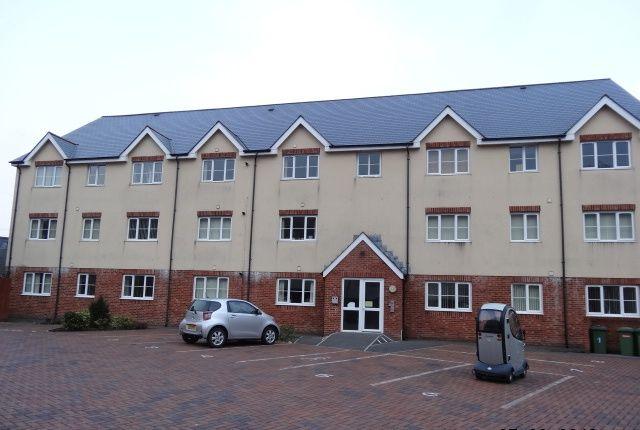 Thumbnail Flat to rent in Mountain Ash Road, Abercynon, Mountain Ash