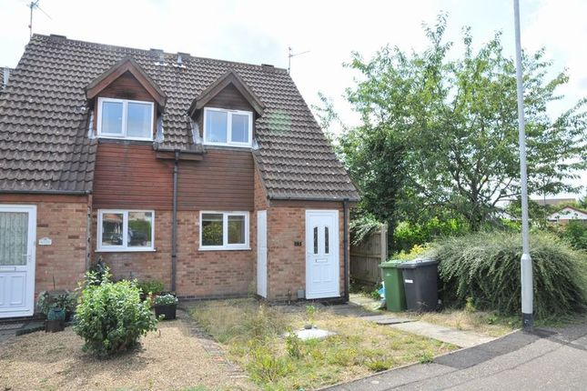2 bed property to rent in Sunnymead, Werrington, Peterborough PE4