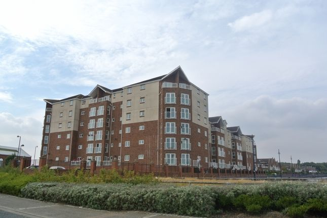 Flat to rent in Commissioners Wharf, North Shields