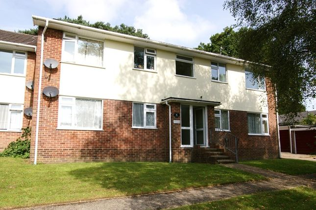 2 bed flat for sale in Warland Way, Corfe Mullen, Wimborne