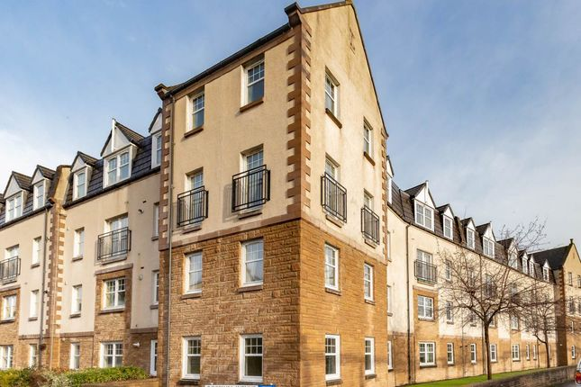 Thumbnail Flat for sale in Rosslyn Court, Perth, Perthshire