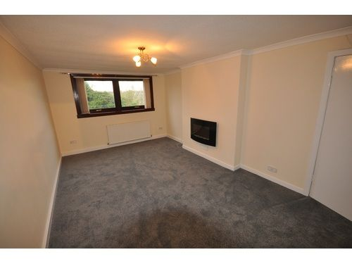 Thumbnail Flat to rent in Maple Road, Greenock