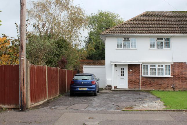 Thumbnail Semi-detached house to rent in Crabbet Road, Crawley
