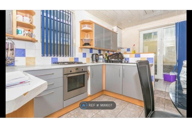 Room to rent in St. Leonards Road, Plymouth PL4