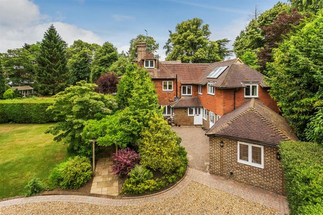 Thumbnail Property for sale in Cleardown, Woking