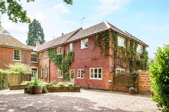 Thumbnail Terraced house for sale in The Ridge, Cold Ash, Thatcham, Berkshire