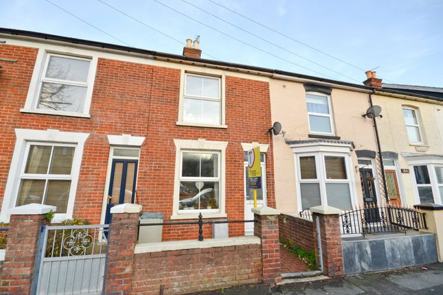 Thumbnail Terraced house to rent in Victoria Road, Cowes