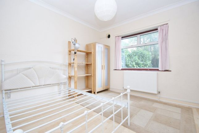 3 bed flat for sale in Western Avenue, London