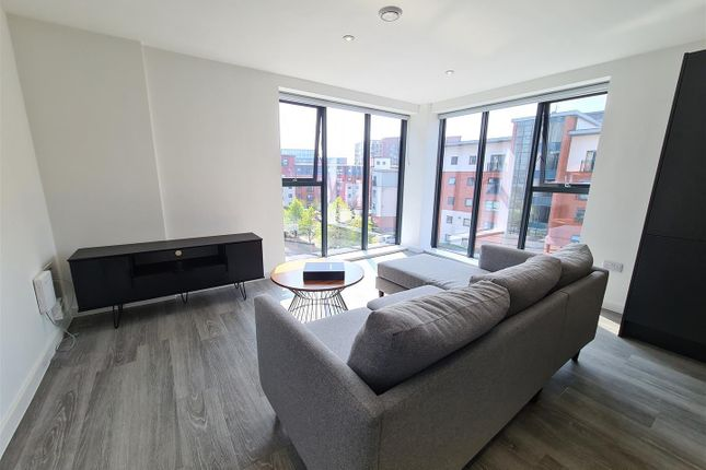 Thumbnail Flat for sale in Downtown, Woden Street, Salford