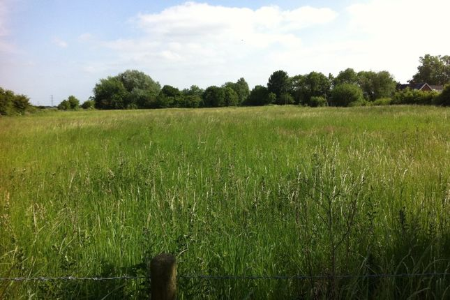 Land for sale in Approx 3.33 Acres Land Off, Vicarage Lane, Doncaster, South Yorkshire