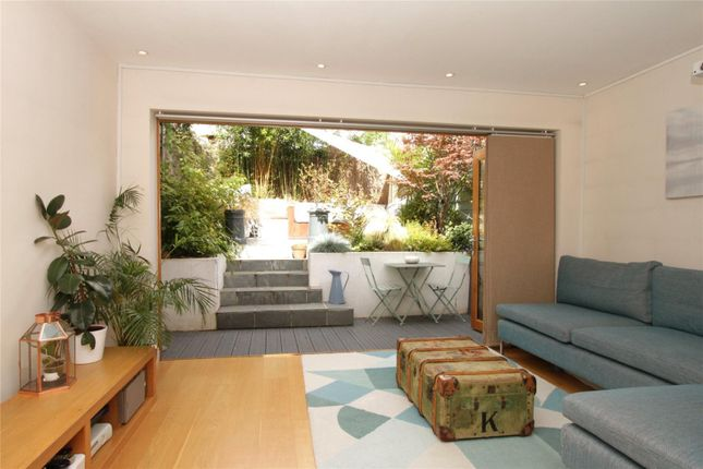 Thumbnail Flat for sale in Berrymede Road, Chiswick, London