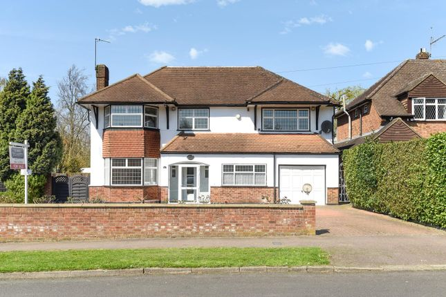 Thumbnail Detached house to rent in Bishops Avenue, Northwood