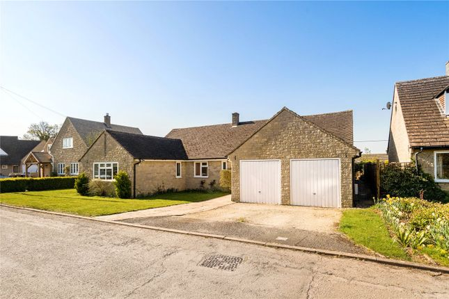 Thumbnail Detached bungalow for sale in Wootton End, Stonesfield, Witney, Oxfordshire