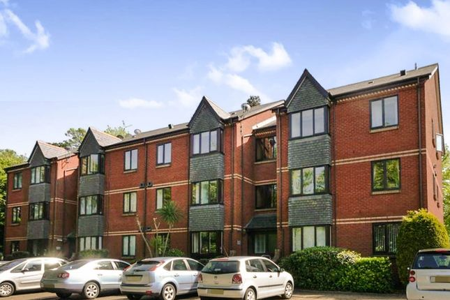 Thumbnail Flat for sale in Mariners Heights, Penarth