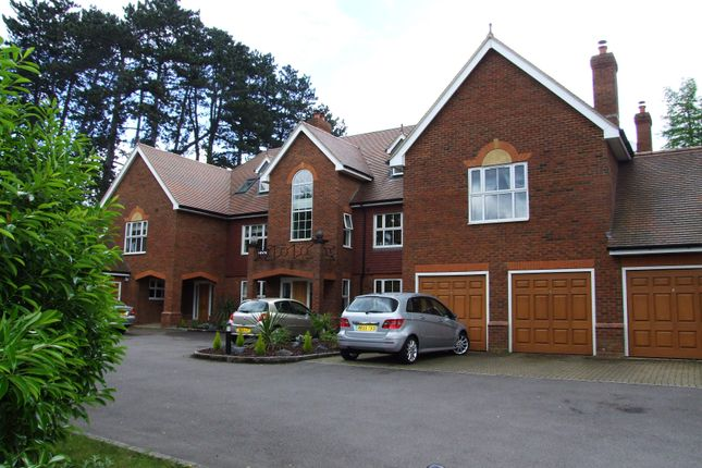 Thumbnail Flat to rent in Lady Margaret Road, Sunningdale, Ascot