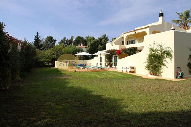 4 bed villa for sale in Carvoeiro, Lagoa E Carvoeiro, Algarve