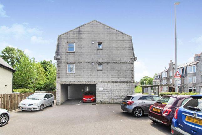 Parking of 461 Holburn Street, Aberdeen AB10