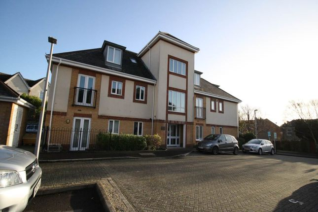 Thumbnail Flat to rent in Doulton Gardens, Parkstone, Poole