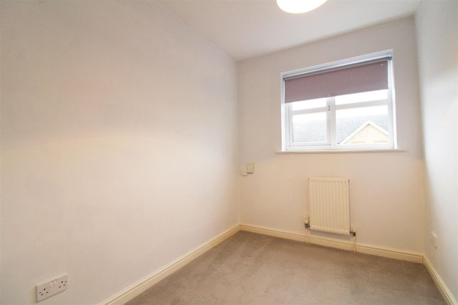 Bedroom Three of Elliots Way, Caversham, Reading RG4