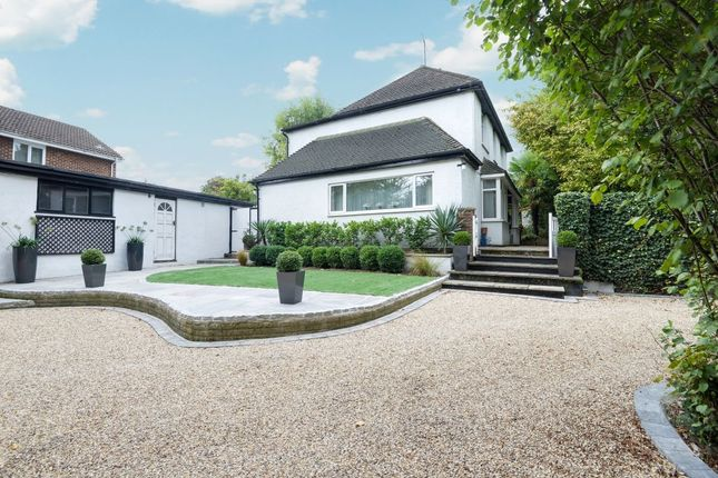 Thumbnail Detached house for sale in London Road, Sawbridgeworth