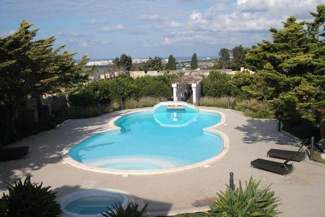 Thumbnail Villa for sale in 6 Bedroom Villa, Mosta, Central, Malta