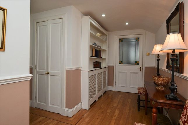 Thumbnail Cottage For Sale In Carlyle Road Kirkcaldy