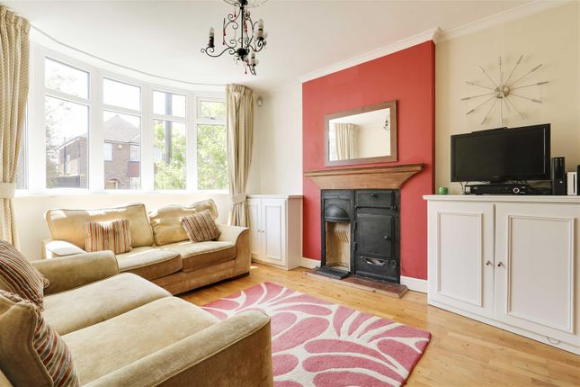 18446 of Kingswell Road, Arnold, Nottinghamshire NG5