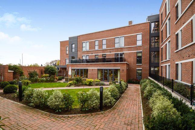 Thumbnail Flat for sale in Glenhills Court, Little Glen Road, Glen Parva, Leicester