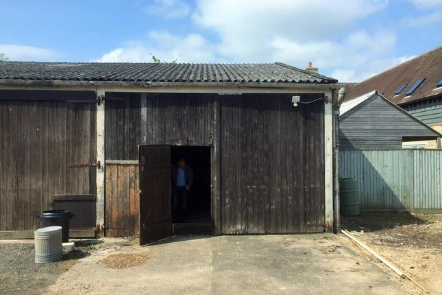 Light industrial to let in Church Road, Northmoor
