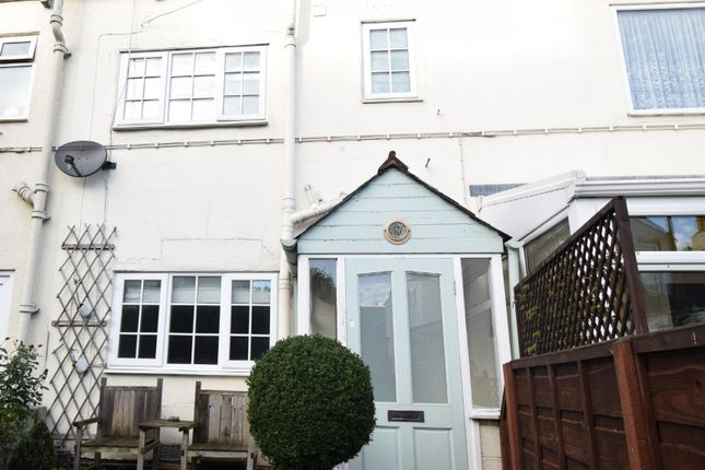 Thumbnail Cottage to rent in High Street, Crigglestone, Wakefield