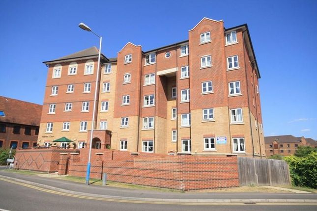 Thumbnail Property for sale in Medway Wharf Road, Tonbridge
