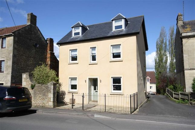 4 bed detached house for sale in London Road, Chippenham, Wiltshire