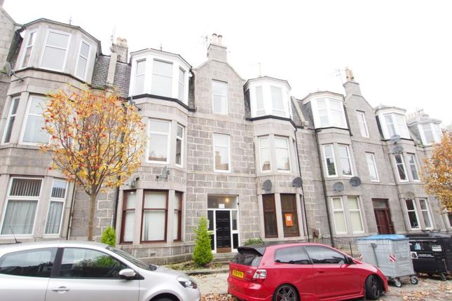 Thumbnail Flat to rent in Great Western Place, Ground Right