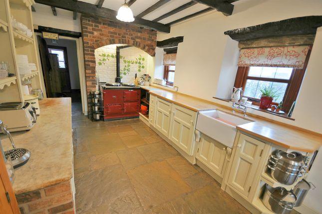 Thumbnail Detached house for sale in Inglewhite Road, Longridge, Preston