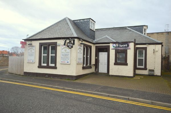 Thumbnail Pub/bar for sale in St. Andrews Street, Dalkeith, Midlothian