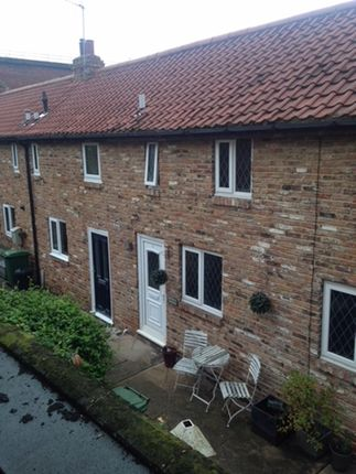 Thumbnail Cottage to rent in Manor House Mews, High Street, Yarm