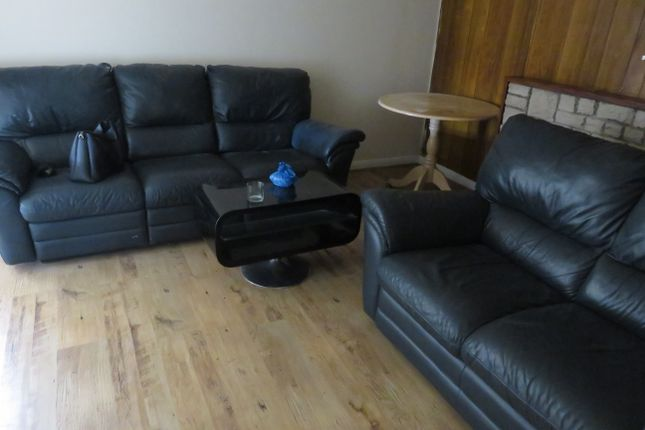 Thumbnail Semi-detached house to rent in Northfield Road, Heston, Hounslow