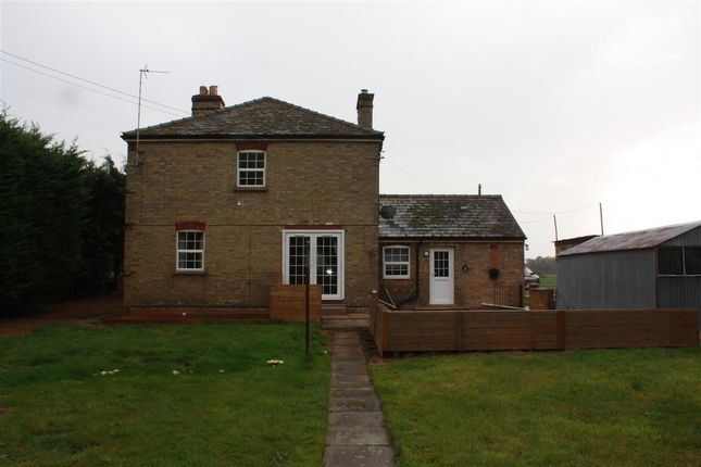 3 bed semi-detached house to rent in The Cottages, Woolpack Farm, Hemingford Grey PE28
