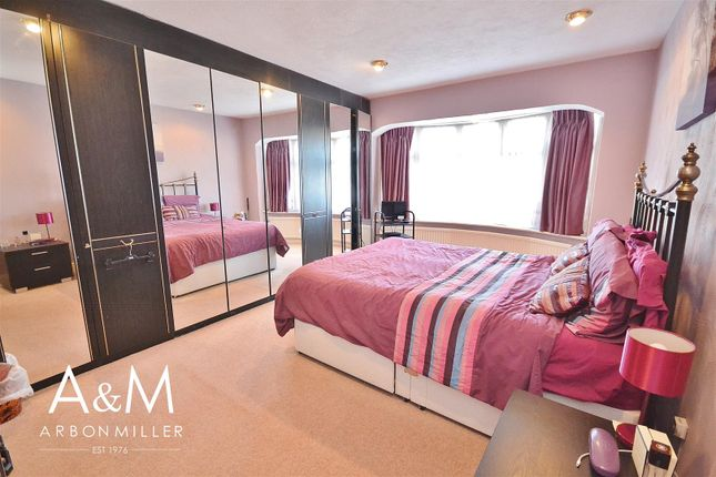 Master Bedroom of Herent Drive, Clayhall, Ilford IG5
