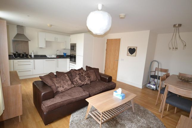 Thumbnail Flat to rent in Southgate Street, Bath
