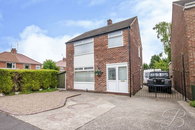 Thumbnail Detached house for sale in Newport Crescent, Mansfield