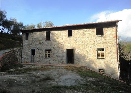 3 bed farmhouse for sale in Camaiore Province Of Lucca, Italy