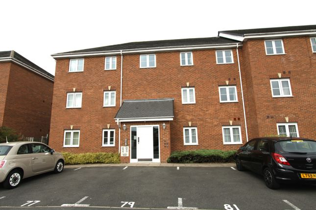Thumbnail Flat to rent in Squires Grove, Willenhall