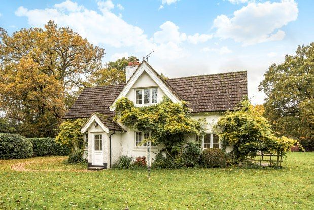 Thumbnail Cottage to rent in Cott Lane, Ringwood