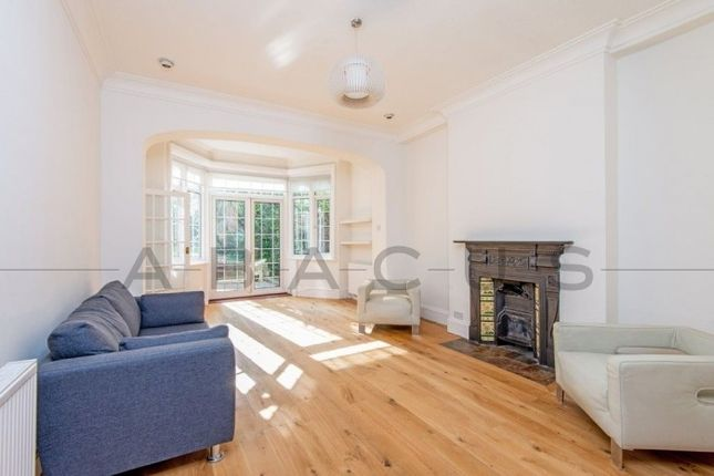 Thumbnail Flat to rent in Burgess Hill, West Hampstead