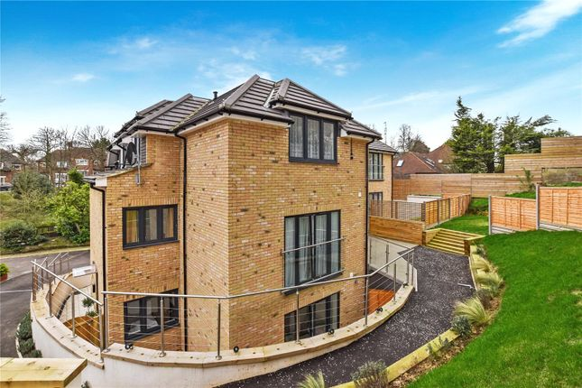 Flat for sale in Ash Court, 124 Watling Street, Bexleyheath, Kent