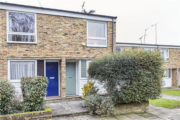 Thumbnail Terraced house for sale in North Lodge Close, Putney, London