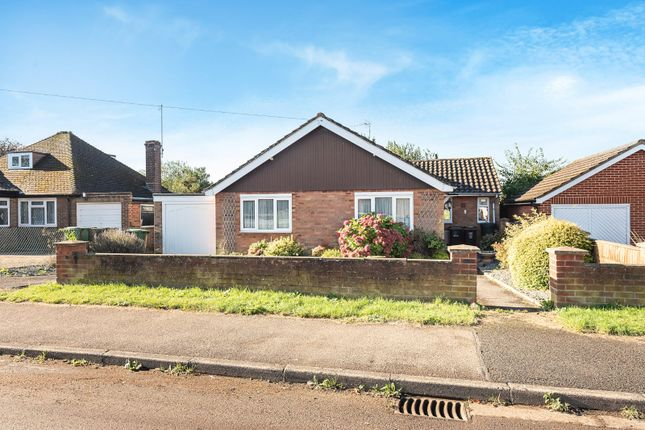 Thumbnail Bungalow for sale in Meadway, Harpenden