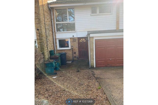 3 bed terraced house to rent in Pinewood Close, St. Albans AL4