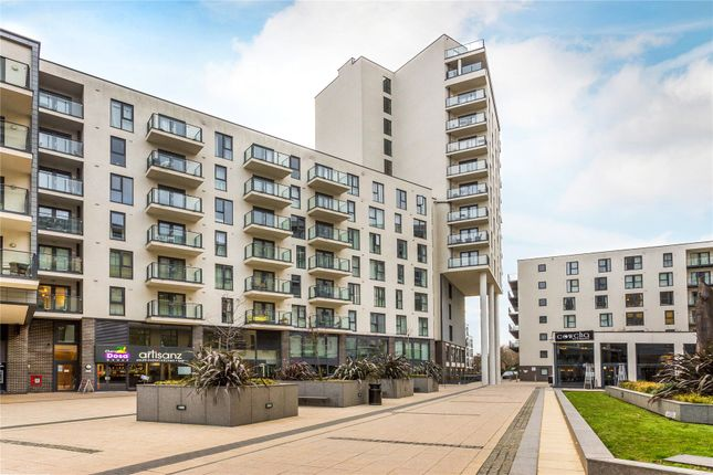 Thumbnail Flat for sale in Guildford Road, Woking, Surrey